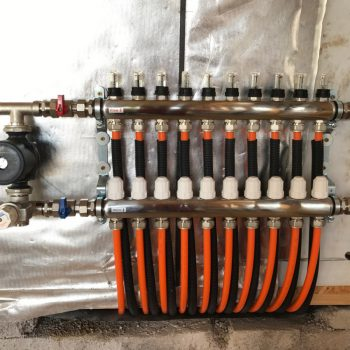 UFH manifold thermoscreed