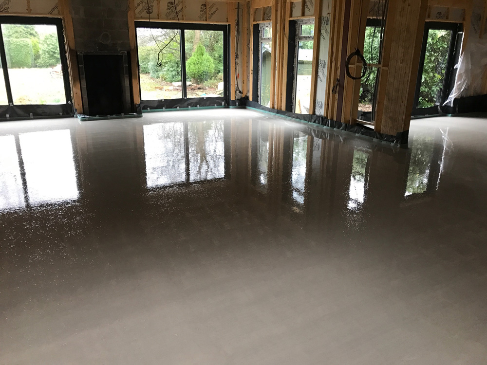 Liquid screed thermoscreed