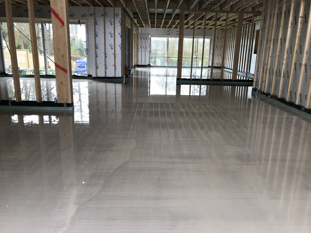 Thermo screed underfloor heating liquid screed laitance removal